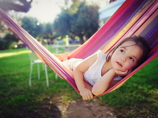 Everyday relaxation at home and anywhere by using the hammock camping