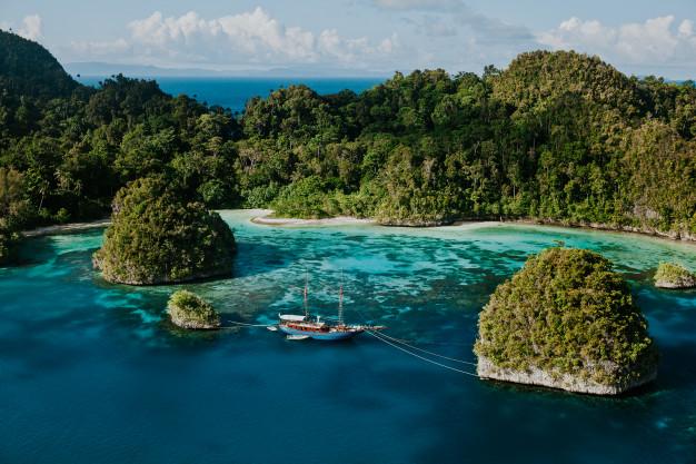 Yacht Charter Destination #4: Raja Ampat