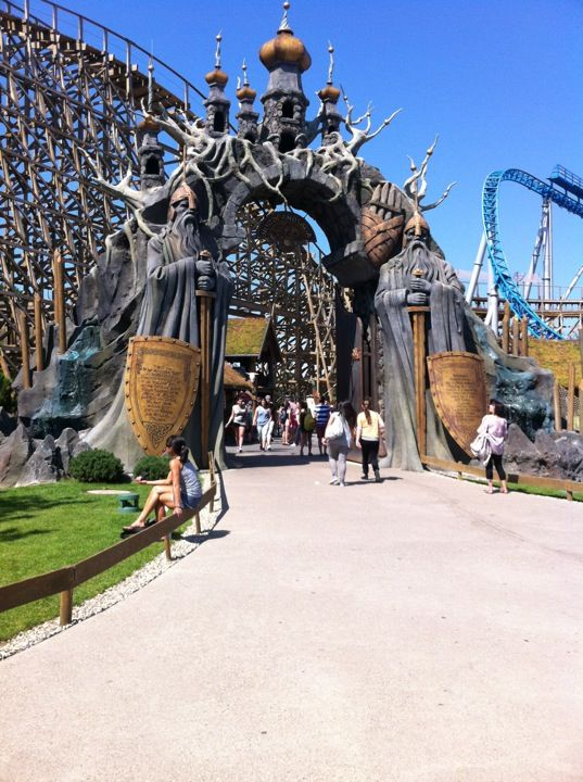 Visit These Amazing Theme Parks During Your Vacation