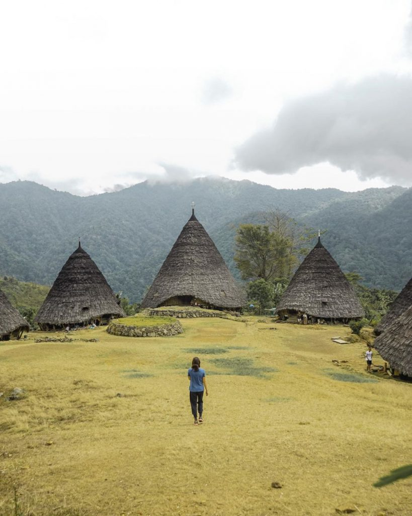 Komodo Boat Trip: Discovering the Wae Rebo Village
