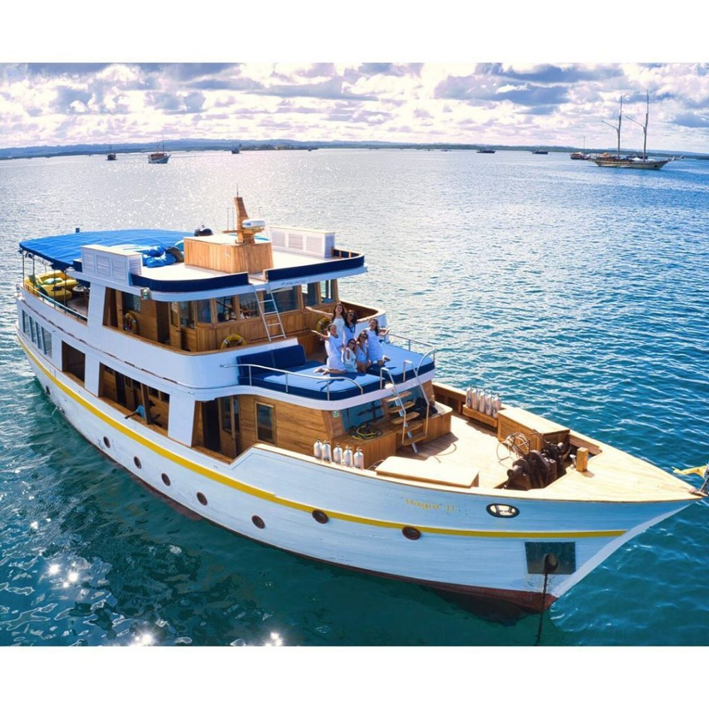 Luxury Liveaboard Indonesia