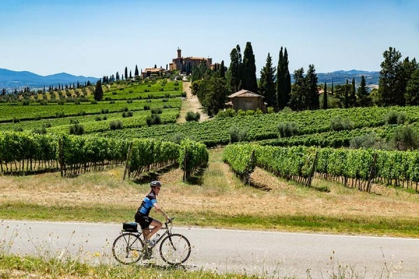 Cycling trip through Tuscany, Italy
